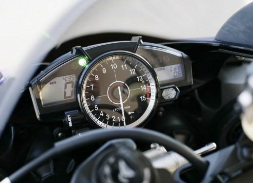 Yamaha R1 M.Y. 2007 - Foto 13 di 15