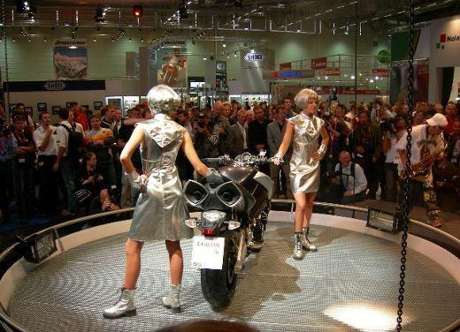 Suzuki all'Intermot 2006 - Foto 20 di 36