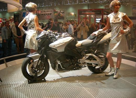 Suzuki all'Intermot 2006 - Foto 21 di 36