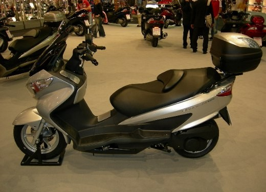 Suzuki all'Intermot 2006 - Foto 4 di 36