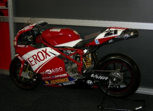 Ducati all'Intermot 2006 - Foto 9 di 37