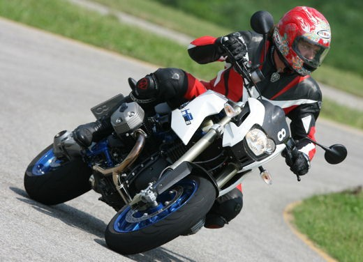 BMW HP2 Megamoto – Long Test Ride - Foto 38 di 56