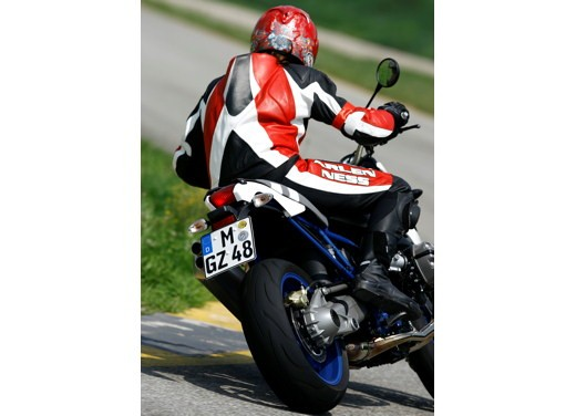 BMW HP2 Megamoto – Long Test Ride - Foto 42 di 56
