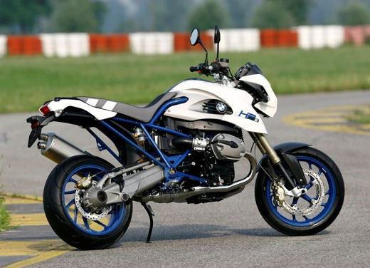 BMW HP2 Megamoto – Long Test Ride - Foto 46 di 56