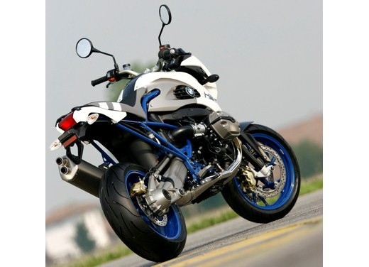 BMW HP2 Megamoto – Long Test Ride - Foto 50 di 56