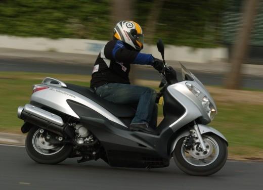 Suzuki Burgman 125 / 200 – Test Ride - Foto 7 di 28