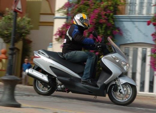 Suzuki Burgman 125 / 200 – Test Ride - Foto 8 di 28