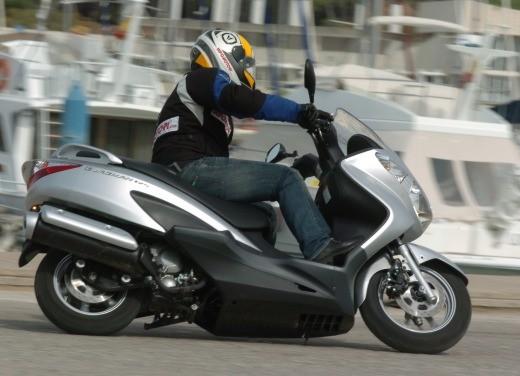 Suzuki Burgman 125 / 200 – Test Ride - Foto 15 di 28