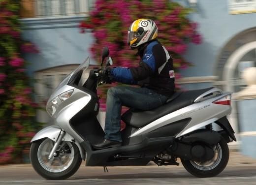 Suzuki Burgman 125 / 200 – Test Ride - Foto 16 di 28