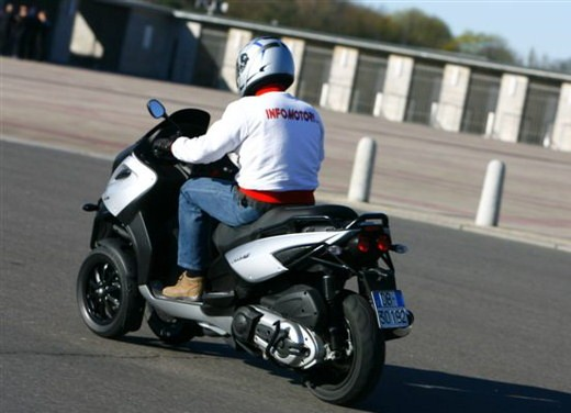 Gilera Fuoco – Test Ride - Foto 3 di 39