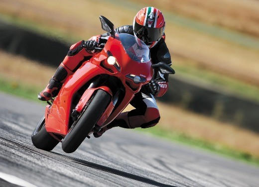 """World Ducati Week 2012: il """"Pianeta dei Campioni"""" alza il sipario - Foto 3 di 34"""