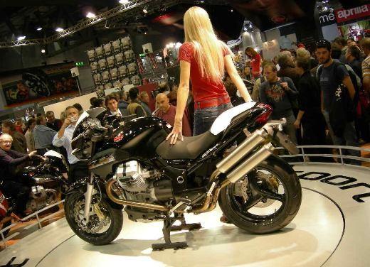 Moto Guzzi all'EICMA di Milano - Foto 6 di 14