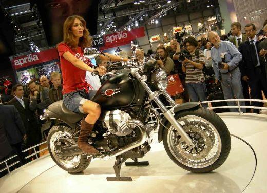 Moto Guzzi all'EICMA di Milano - Foto 10 di 14