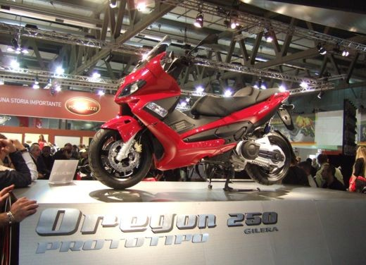 Video Gilera all'EICMA di Milano