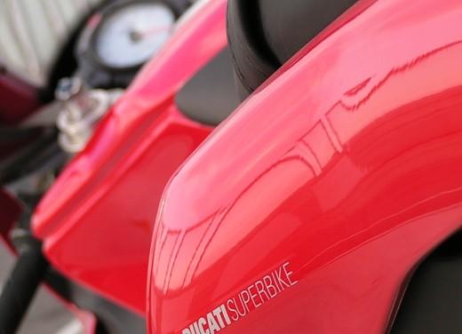 Ducati 749: Prova in pista del bicilindrico di Borgo Panigale - Foto 11 di 18