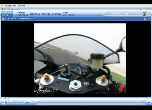 Yamaha R1 M.Y. 2007 – Video - Foto 9 di 10
