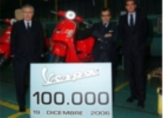 100.000 Vespa nel 2006 - Foto 5 di 16