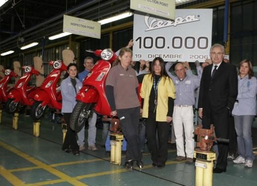 100.000 Vespa nel 2006 - Foto 8 di 16