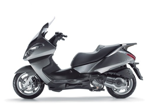 Aprilia Atlantic 400 Sprint - Foto 2 di 11