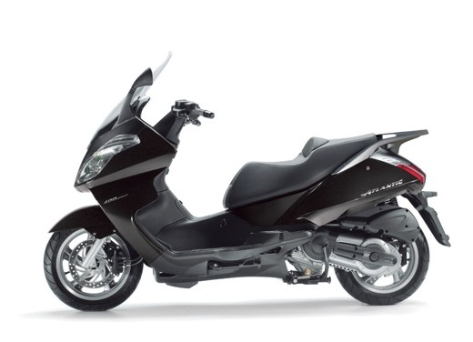 Aprilia Atlantic 400 Sprint - Foto 6 di 11
