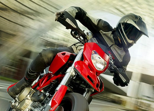 Ducati Hypermotard 1100 - Foto 14 di 28