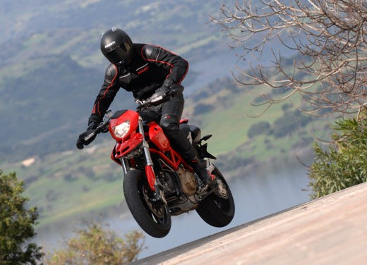 Ducati Hypermotard 1100 - Foto 16 di 28