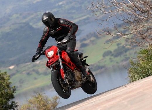 Ducati Hypermotard 1100 - Foto 10 di 28