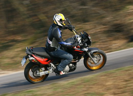 Aprilia Pegaso Factory – Test Ride - Foto 4 di 25