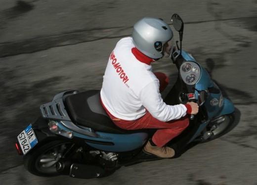 Piaggio Carnaby 125/200 – Test Ride - Foto 5 di 16