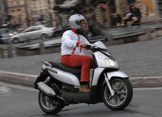 Piaggio Carnaby 125/200 – Test Ride - Foto 9 di 16