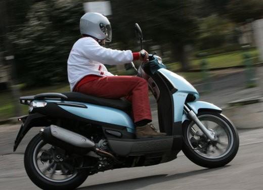 Piaggio Carnaby 125/200 – Test Ride - Foto 14 di 16