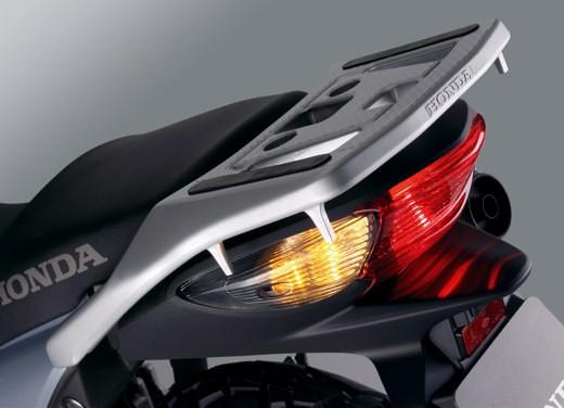 Honda nuova Varadero 125 - Foto 7 di 9