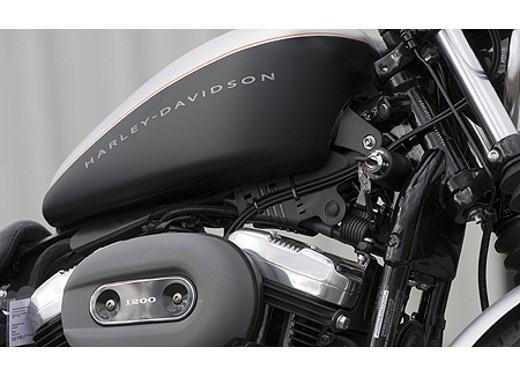 Harley Davidson XL 1200N Nightster - Foto 4 di 6