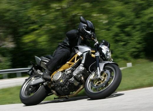 Aprilia Shiver e V4 Superbike - Foto 10 di 28