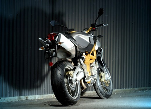 Aprilia Shiver e V4 Superbike - Foto 13 di 28