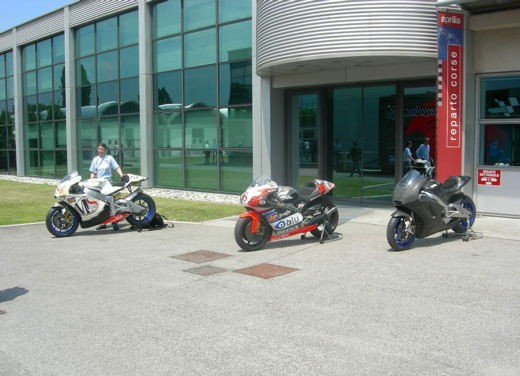 Aprilia Shiver e V4 Superbike - Foto 22 di 28