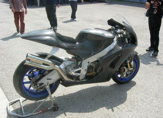 Aprilia Shiver e V4 Superbike - Foto 25 di 28