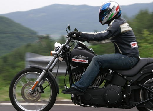 Harley-Davidson FXSTB Night Train – Long Test Ride - Foto 22 di 35