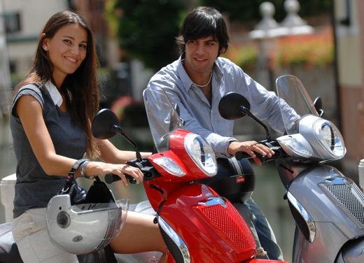 Aprilia Scarabeo 125 e 200 – Test Ride - Foto 4 di 25