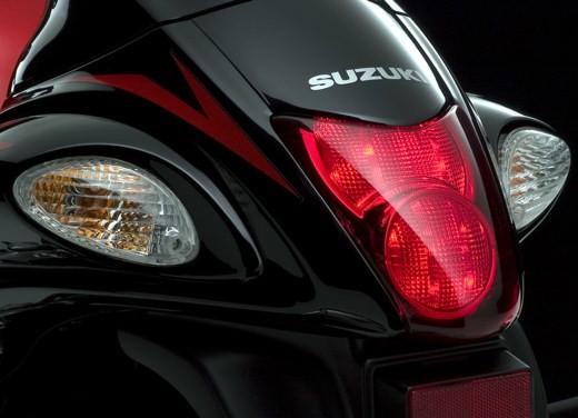Suzuki Hayabusa K8 restyling - Foto 10 di 17