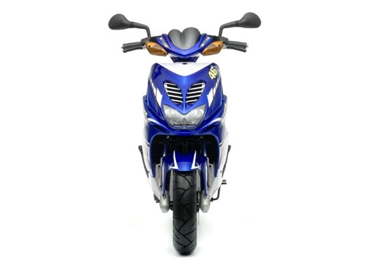 Yamaha Aerox Race Replica - Foto 15 di 16