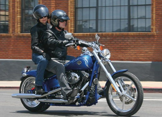 Harley-Davidson FXCWC Rocker C - Foto 4 di 11