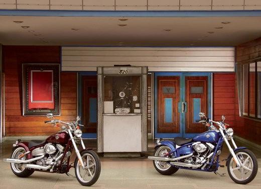 Harley-Davidson FXCWC Rocker C - Foto 5 di 11