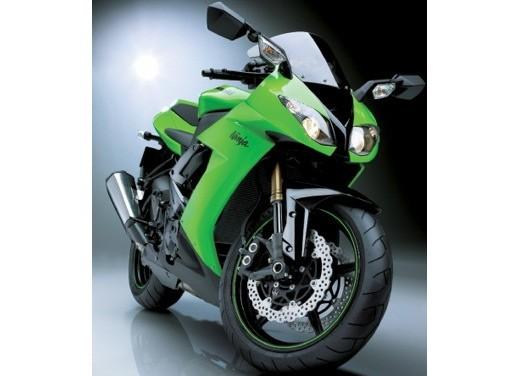 Ultimissime: Kawasaki ZX-10R 2008 - Foto 11 di 14