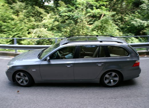 BMW 525d Touring & R 1200 R – Test Drive - Foto 6 di 25