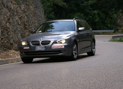 BMW 525d Touring & R 1200 R – Test Drive - Foto 8 di 25