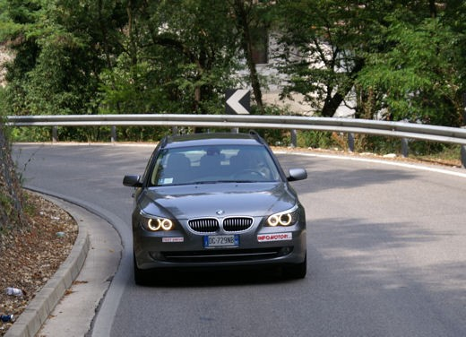 BMW 525d Touring & R 1200 R – Test Drive - Foto 16 di 25