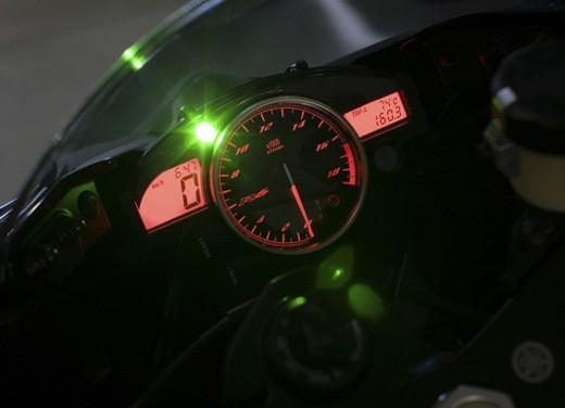Yamaha YZF R6 2009 - Foto 10 di 17