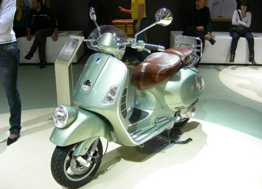 Vespa all'EICMA 2007 - Foto 10 di 15