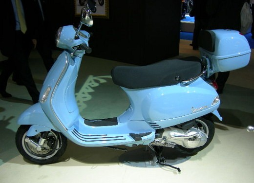Vespa all'EICMA 2007 - Foto 13 di 15